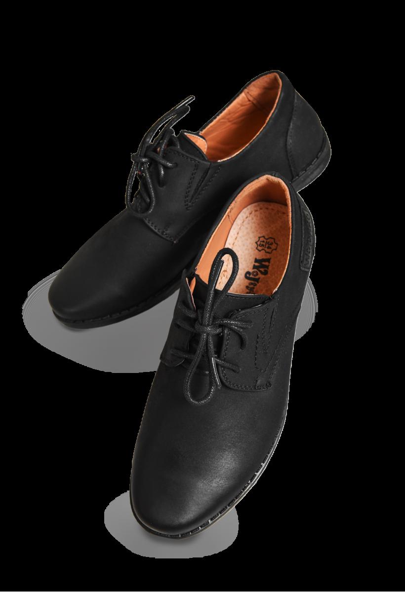 Zamszowe buty komunijne chłopięce, czarne