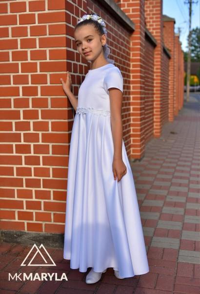sukienka komunijna z satyny z zakładkami