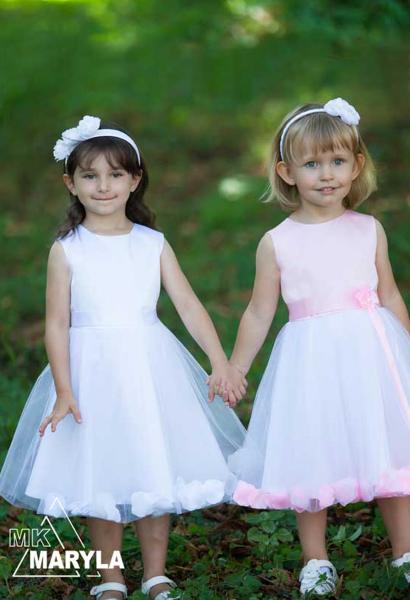 Piękna biała sukienka  do pierwszej komunii lub jako sukienka okolicznościowa Różyczka BI
