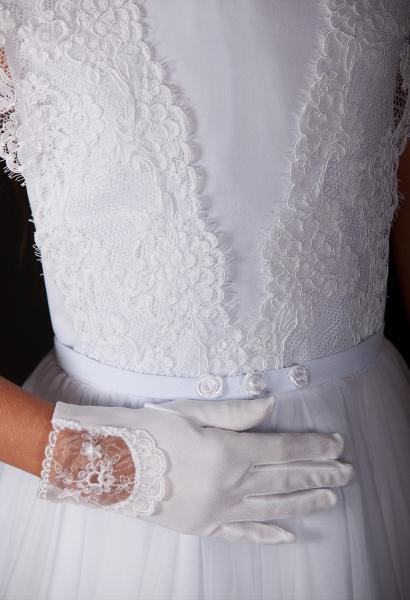 0cddcb34a1 Sukienki z kolekcji Tosia to połączenie klasycznej konstrukcji odcinanej w  pasie spódnicy z charakterem